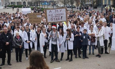 (Nie)cała Polska wspiera protest Porozumienia Zawodów Medycznych