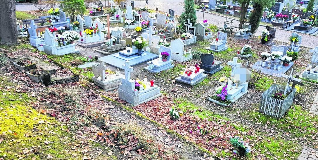 Grób znajdował się w części dziecięcej starego cmentarza w Słupsku.