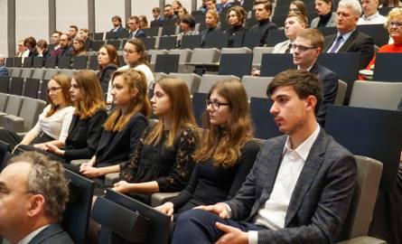 Studenci nie dostali w nowym roku stypendiów. Winne są zmiany w systemie raportowania?
