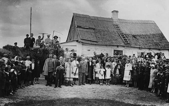 Kamieniec Litewski – zdjęcie, które zachowało się w pięknym albumie Olgi Kozak, zakopanym podczas wojny w przydomowym ogródku