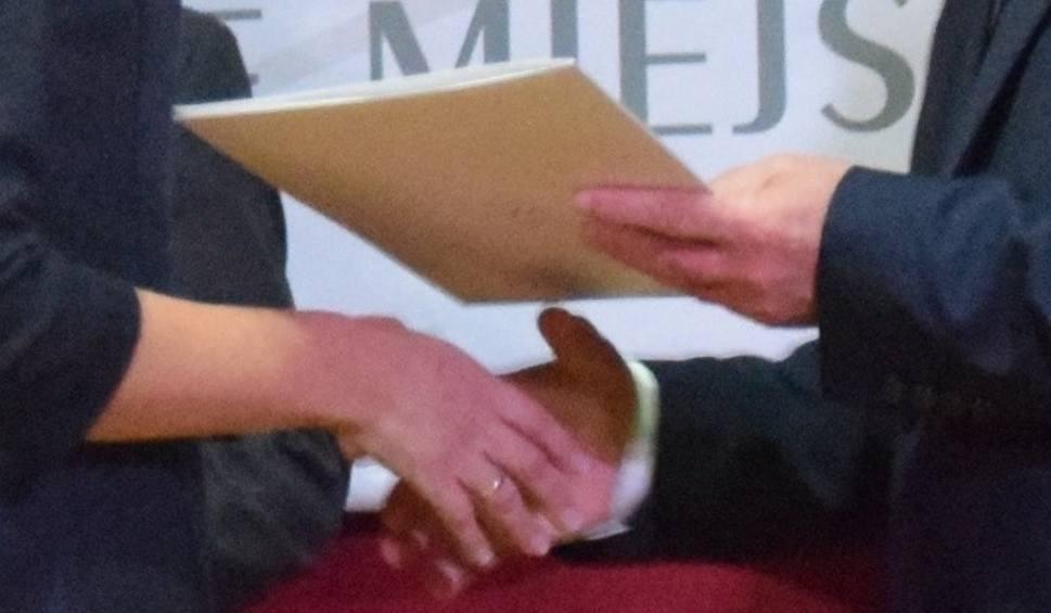 Film do artykułu: Nagrody dla nauczycieli w Tychach: 4,5 tys. zł od prezydenta