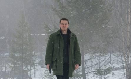 """""""Pierwszy śnieg"""" RECENZJA: film na podstawie kryminału Jo Nesbo. Duże rozczarowanie"""