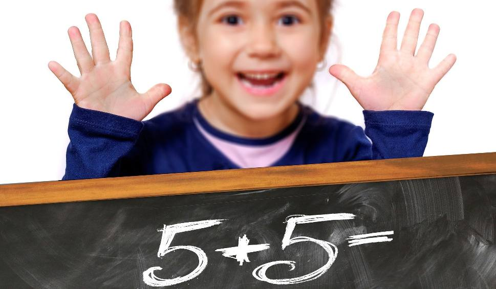Film do artykułu: Obyś cudzie dzieci uczył... Nauczyciel musi być moralny, a reszta? Nasz Czytelnik, były nauczyciel, popiera plany strajku