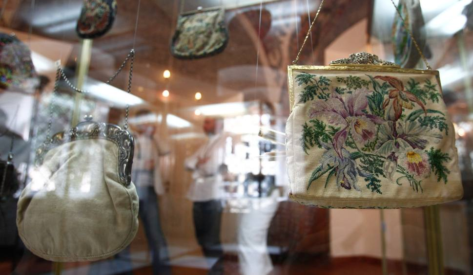 Film do artykułu: 150 lat historii damskiej torebki w Muzeum Okręgowym w Rzeszowie [FOTO, WIDEO]
