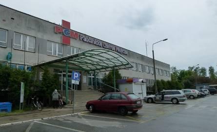 Pabianice. Agresywny pacjent w szpitalu pobił pielęgniarkę i uciekł