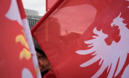 Poznań: Z okazji rocznicy Powstania Wielkopolskiego będzie można dostać za darmo flagę