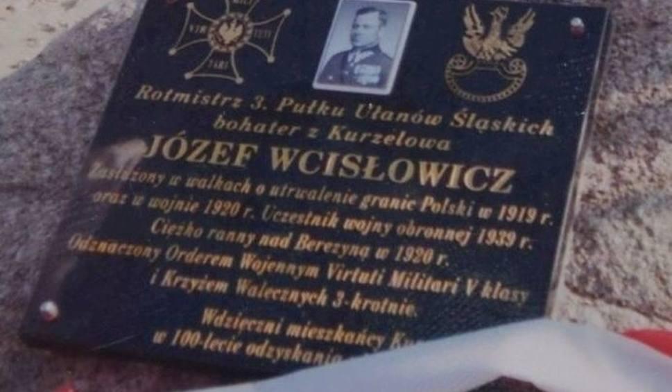 Film do artykułu:  Mieszkańcy Kurzelowa pamiętali o swoim bohaterskim rotmistrzu