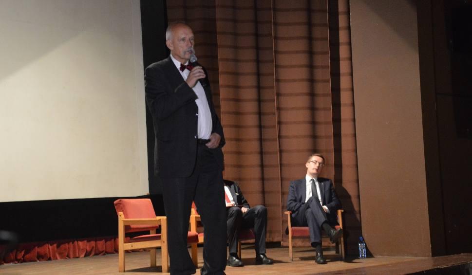 Film do artykułu: Konwencja wyborcza Konfederacji w Lubuskiem. Do Zielonej Góry przyjechał Janusz Korwin-Mikke oraz Robert Winnicki