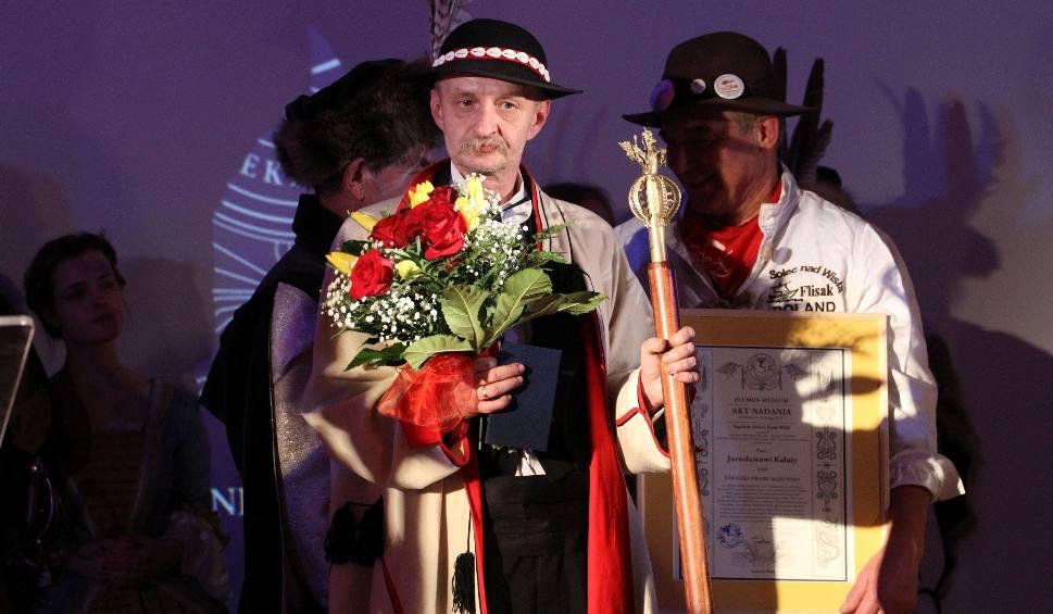 Film do artykułu: Sandomierz. Order Rzeki Wisły dla Jarosława Kałuży. Trwa wielkie żeglarskie święto (ZDJĘCIA)