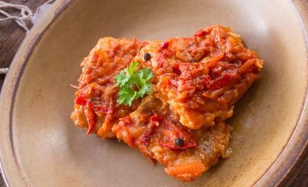 Idealna ryba po grecku - prosty przepis tradycyjny. To danie będzie hitem na Wigilię.