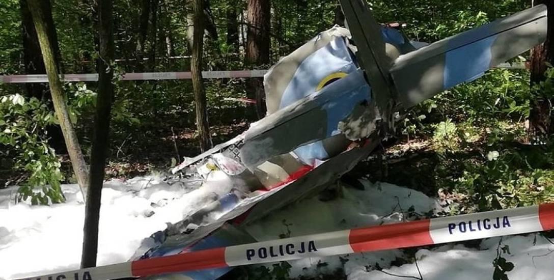 Katastrofa samolotu w Napoleonie. Prokuratura umorzyła śledztwo. Zdaniem śledczych błąd popełnił pilot