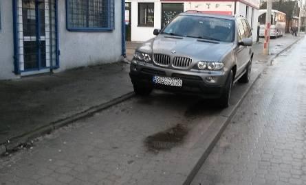 Tak zaparkował kierowca bmw