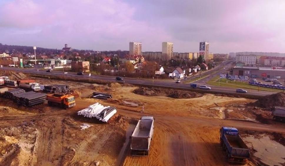 Film do artykułu: Budowa S7 ze Skarżyska w stronę Szydłowca. Nowa trasa będzie gotowa za półtora roku