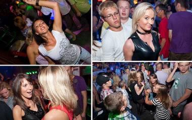 Wakacje w Mielnie trwają, a my przypominamy zdjęcia z wakacji w 2010 roku. Jak turyści z całej Polski bawili się w klubie Koko Bongo? Sprawdźcie archiwalne