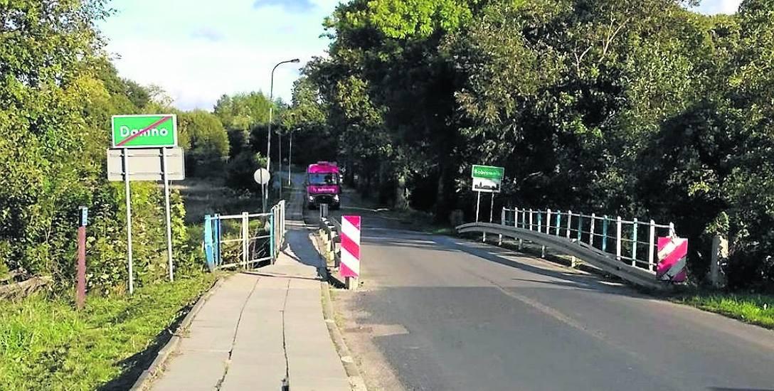 Poniemiecki most na Łupawie w Damnie jest już w bardzo złym stanie. Dlatego ograniczono na nim przejzad, a teraz trwają  przygotowania do jego przeb