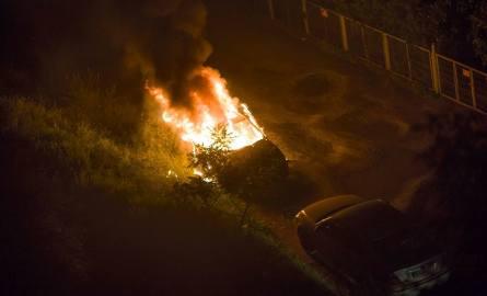 Pożar samochodu przy ulicy Ślicznej