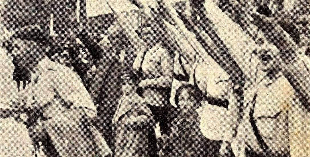 Tak działacze Stronnictwa Narodowego w Bydgoszczy w 1938 roku witali wojsko polskie