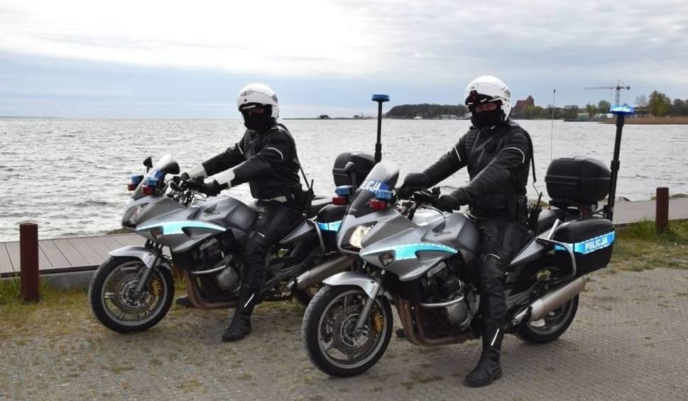 Film do artykułu: Powiat pucki: Koronawirus nie powstrzymał policjantów. Więcej patroli na drogach w majówkę 2020. Policjanci sprawdzają m.in. prędkość