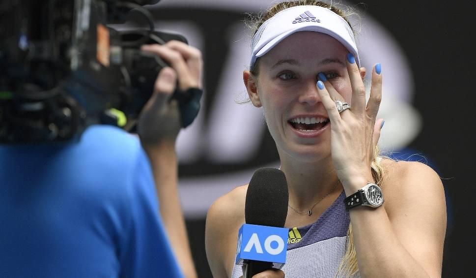 Film do artykułu: Australian Open. Caro Wozniacki powiedziała do widzenia tenisowi. Dunka o polskich korzeniach zakończyła w piątek sportową karierę