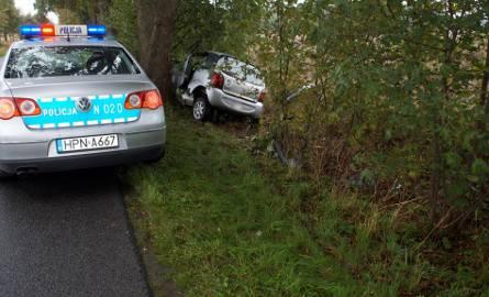 Dziś w godzinach południowych, w okolicach miejscowości Grabin, doszło do zdarzenia drogowego. Kierujący samochodem osobowym marki Chatenet z niewyjaśnionych