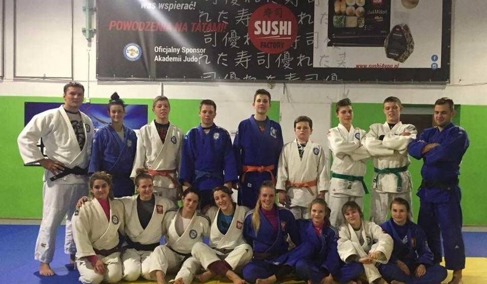 Film do artykułu: Medalistki mistrzostw świata na treningu Akademii Judo