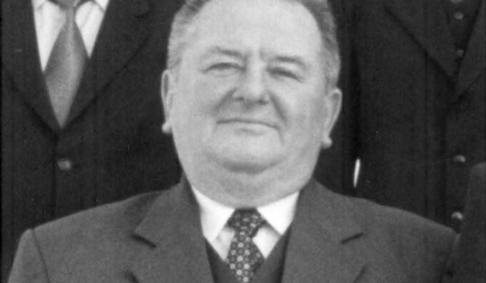 Film do artykułu: Zmarł Kazimierz Zając, pierwszy starosta lipski, wieloletni dyrektor szkoły i radny Rady Powiatu Lipskiego. Miał 77 lat. Kiedy pogrzeb?