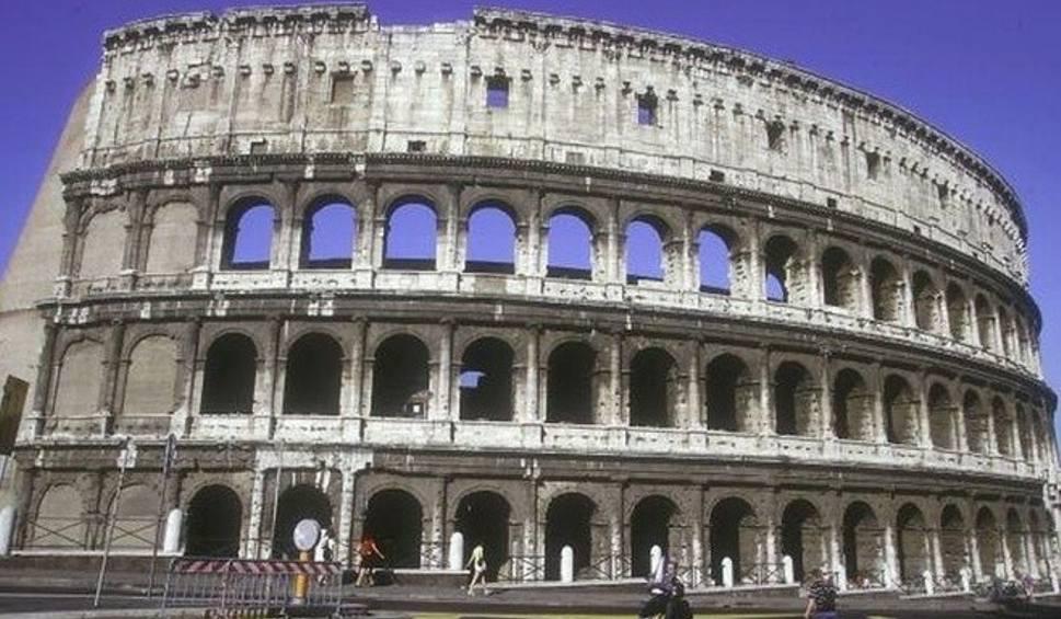 Film do artykułu: Koronawirus we Włoszech. Polka mieszkająca w Rzymie: Ludzie zaczynają panikować. Rośnie agresja wobec Chińczyków
