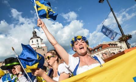 Przemarsz Szwedów na Arenę Lublin przed meczem z Polską