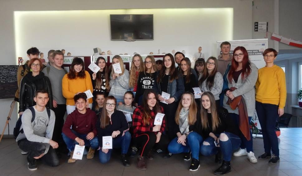 Film do artykułu: Uczniowie ZSA w Sławnie obchodzili Światowy Dzień Wolontariatu