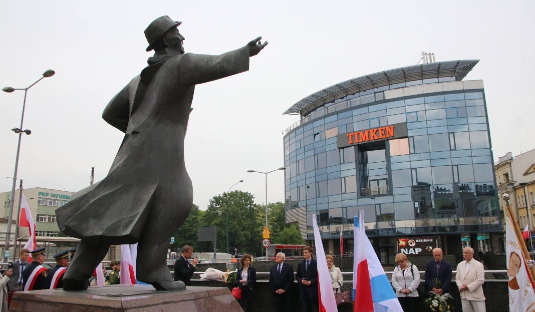 Dziś W Sosnowcu świętowano Urodziny Jana Kiepury Były Kwiaty I