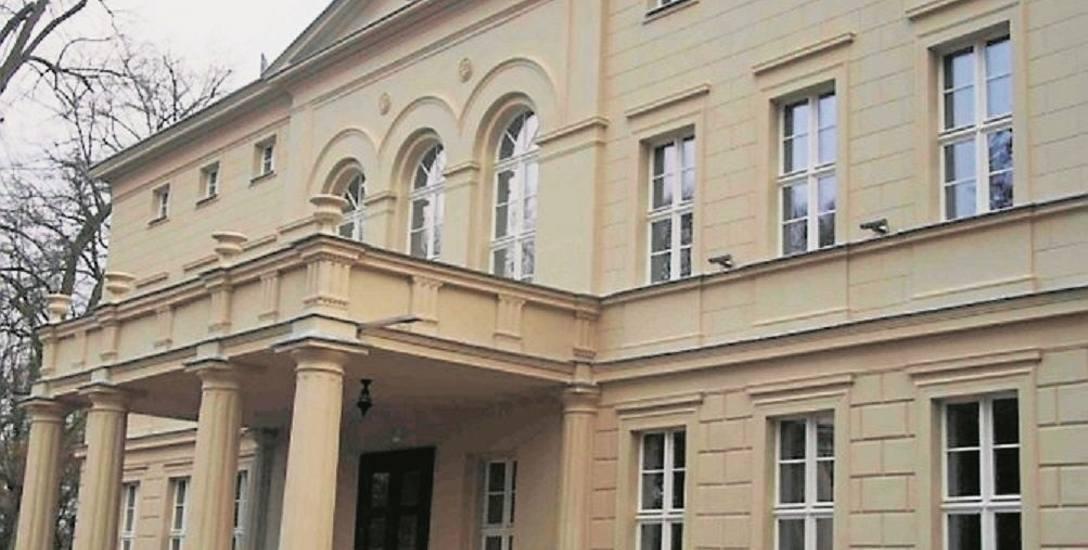 Ma zapłacić prawie 38 tysięcy złotych za... informacje z urzędu