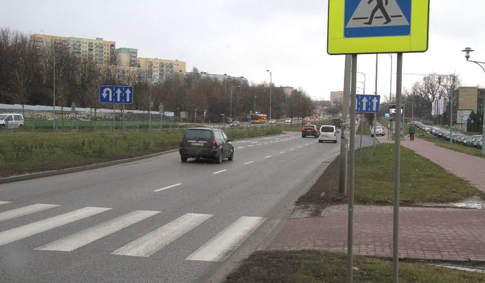 Film do artykułu: Niebezpieczne przejście przez aleję Solidarności w Kielcach! (WIDEO)