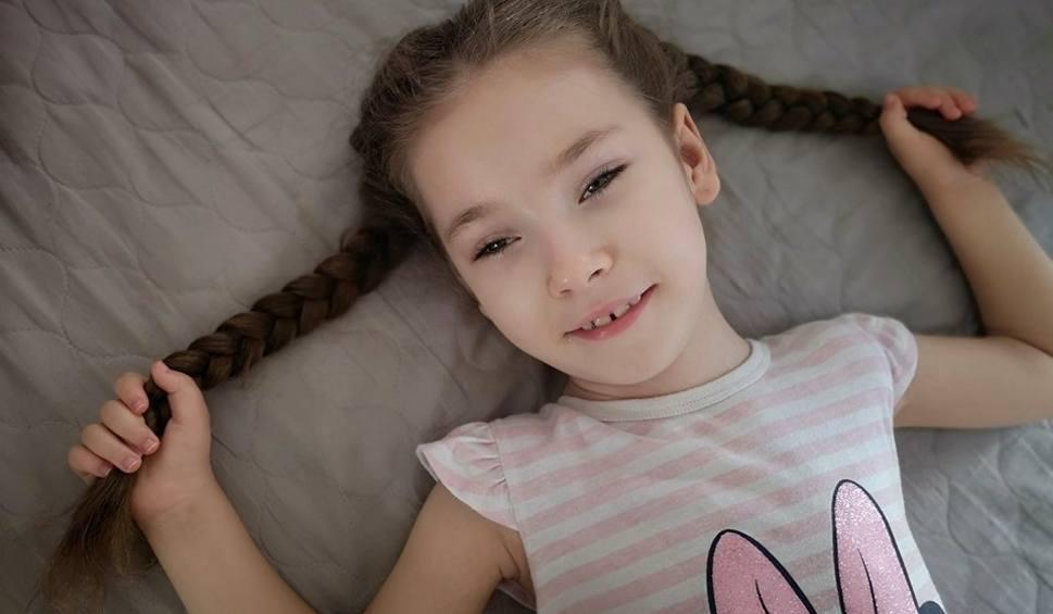 Film do artykułu: Żary. Otwórzmy serca dla Anulki. Wielka kwesta na żarskich cmentarzach  już 1 listopada.