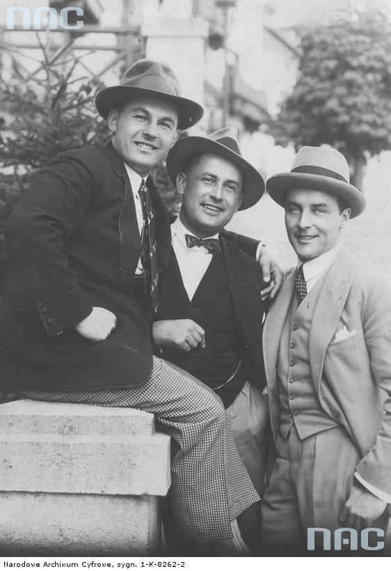 Jan Kiepura (z lewej) w towarzystwie publicysty Michała Orlicza i aktora Igo Syma