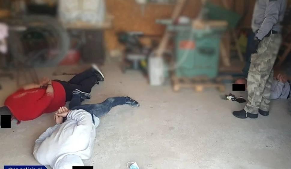 Film do artykułu: Przedsiębiorcę z Tuchomia okradła zorganizowana grupa przestępcza z Olsztyna (wideo, zdjęcia)