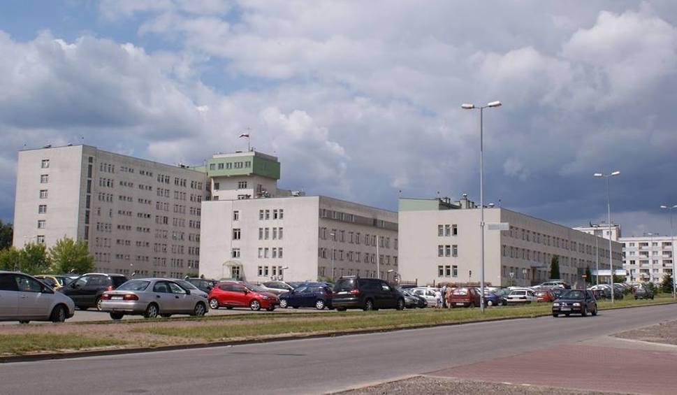 Film do artykułu: 8 firm złożyło oferty na termomodernizację starachowickiego szpitala. Inwestycja za 10 milionów potrwa 2 lata