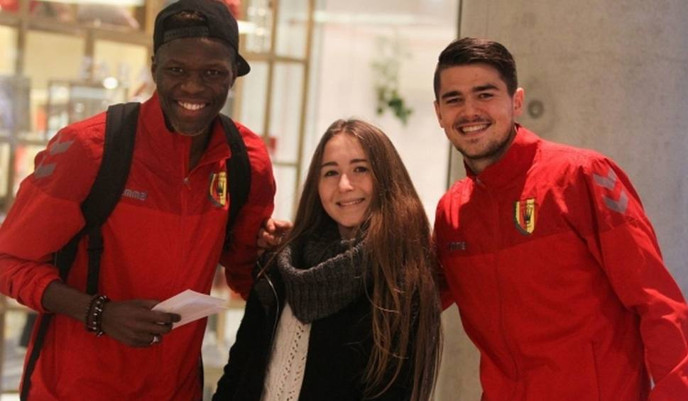 Film do artykułu: Piłkarze Korony rozdają uśmiech. Dużo świetnej zabawy [WIDEO]