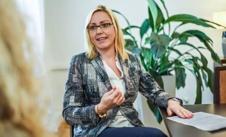 25 stycznia 2016 r. wojewoda Mikołaj Bogdanowicz powołał Paulinę Wenderlich na stanowisko dyrektora generalnego Kujawsko-Pomorskiego Urzędu Wojewódzkiego