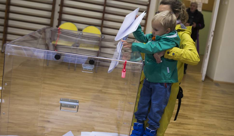 Film do artykułu: Wybory samorządowe 2018 NA ŻYWO. Wyniki wyborów w Małopolsce. Sprawdź frekwencję, komentarze [RELACJA LIVE]