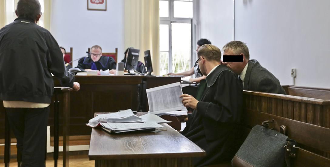 Zabójstwo w Starym Kramsku. Andrzej U. nie przyznaje się do winy