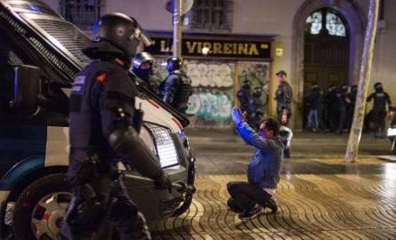 Rząd w Madrycie nie zdusi protestów w Katalonii, bo czekają Hiszpanię wybory parlamentarne