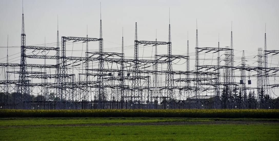 Trwa budowa autostrady elektroenergetycznej między Kujawami a Wielkopolską