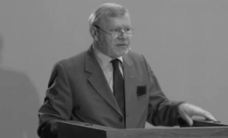 Odszedł profesor Józef Tomasz Pokrzywniak
