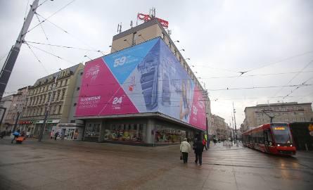 Dom Handlowy Zenit z reklamą