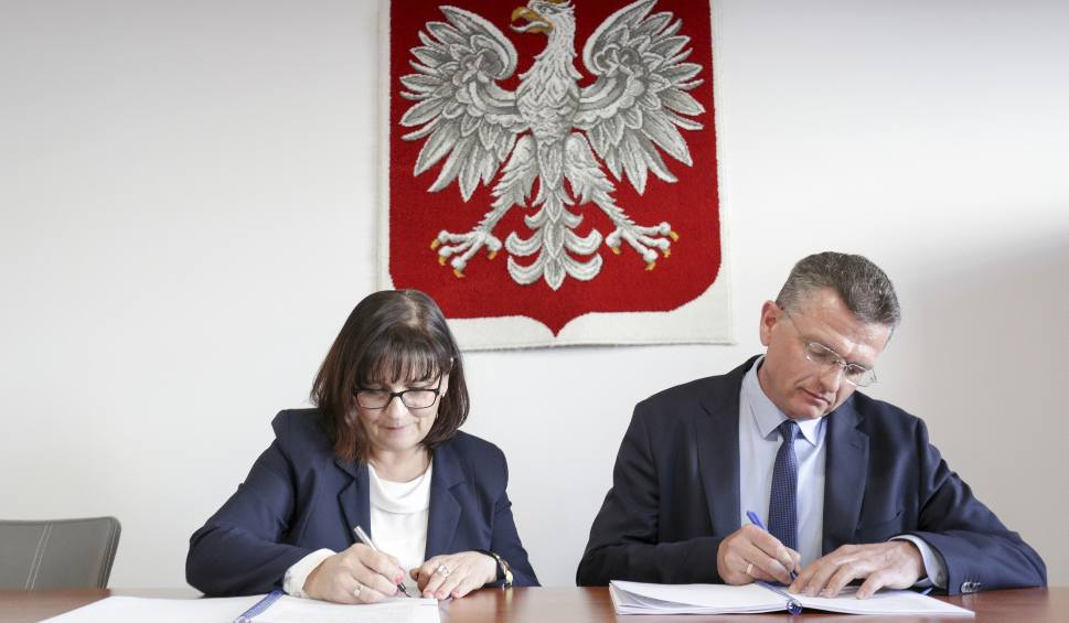 Film do artykułu: Gmina Słupska podpisała umowę na budowę dróg [ZDJĘCIA, WIDEO]