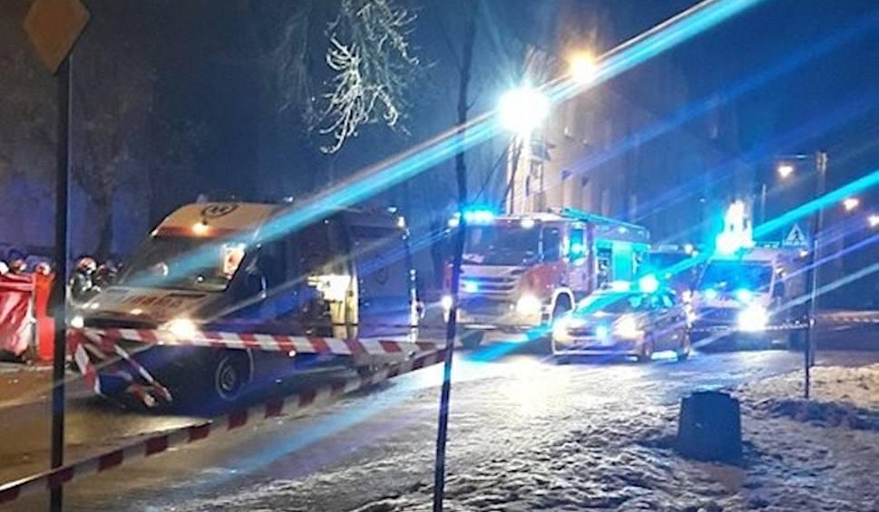 Film do artykułu: Tragiczny wypadek Ruda Śląska: cztery kobiety potrącone przez samochód. Jedna kobieta nie żyje, trzy w szpitalu WIDEO + ZDJĘCIA