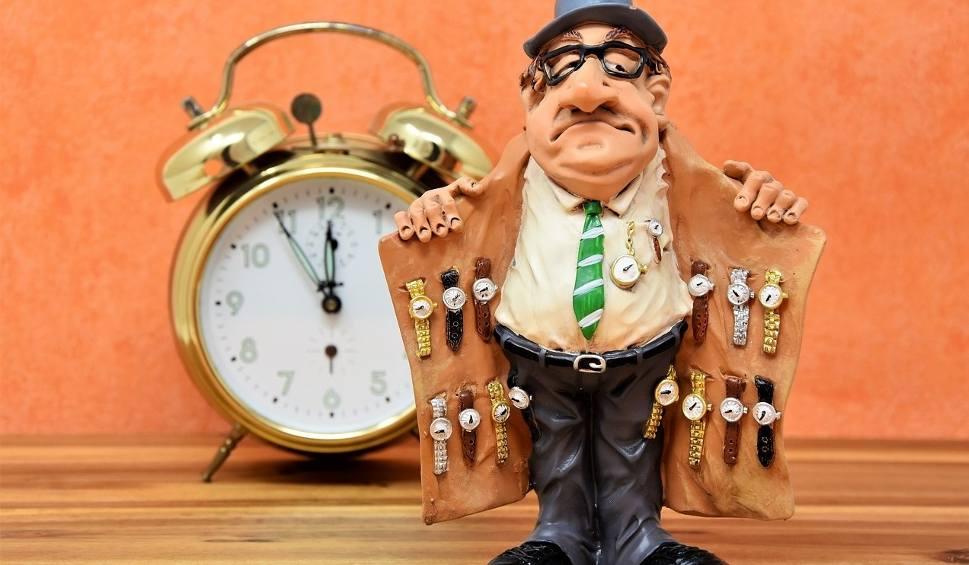 Film do artykułu: Zmiana czasu na zimowy. Nie zapomnieliście przestawić zegarków?
