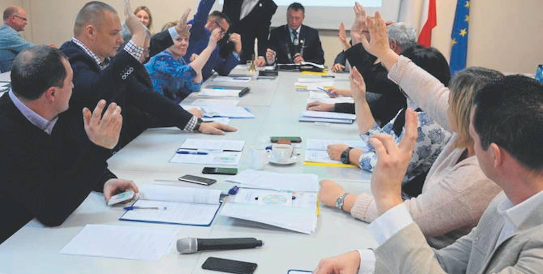 Druga sesja Rady Miejskiej w nowej kadencji. Radni po raz pierwszygłosowali z wykorzystaniem elektronicznych przycisków
