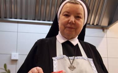 Siostra Anastazja jest autorką kilkunastu książek kulinarnych, które sprzedały się w ponad 4 milionach egzemplarzy. - Codziennie modlę się, żeby te przepisy