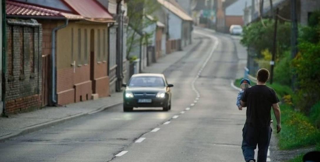 Wiele opolskich miasteczek pustoszeje w bardzo szybkim tempie. Lepiej jest tam, gdzie są tereny inwestycyjne.